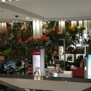 Blumenmeer im Macy's von Empore fotografiert