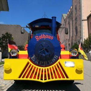 Rothaus-Express Zug in blau, mit gelbem Spoiler