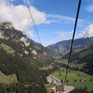 Blick aus Gondel zu Talstation
