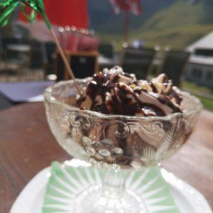 Vanille und Schokoeis